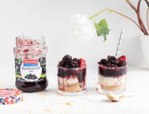 Streamline less sugar Blackcurrant individual cheesecake pots - recipe